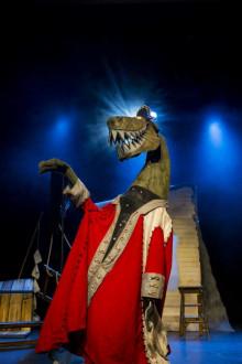 Captain Flinn and the Pirate Dinosaurs: The Magic Cutlass